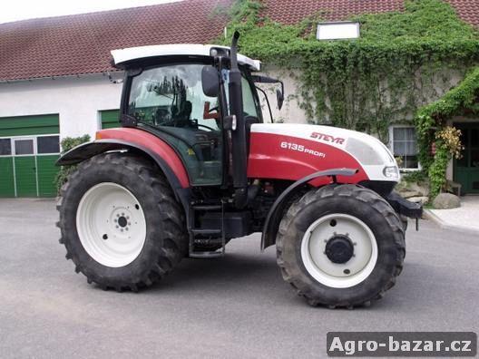 Kolový traktor Steyr 6135 Profi Komfort