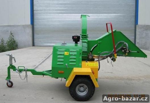 Štěpkovač DWC-22 s hydraulikou