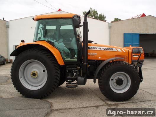 Prodáme komunální traktor