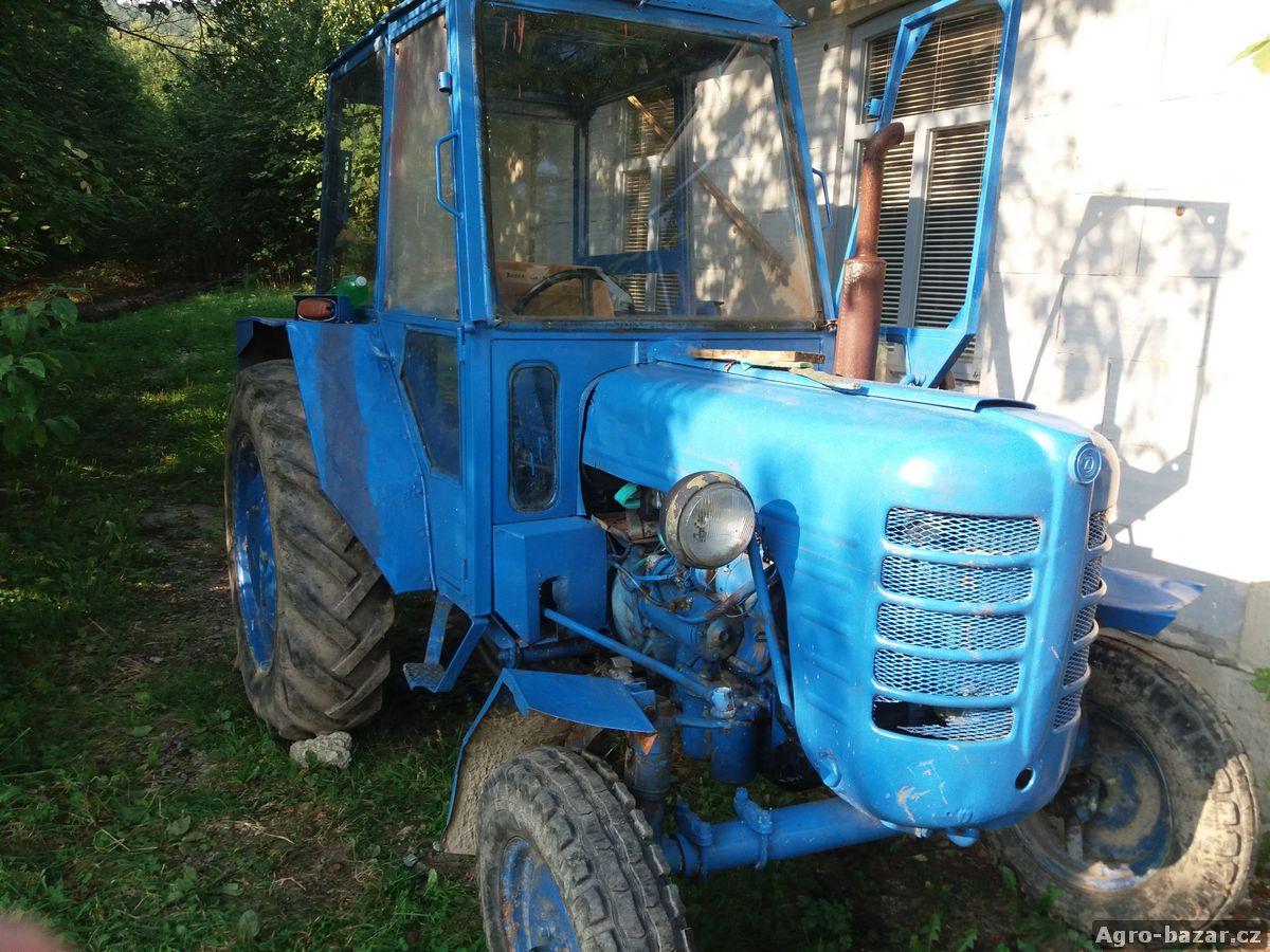 Traktor Zetor 3011