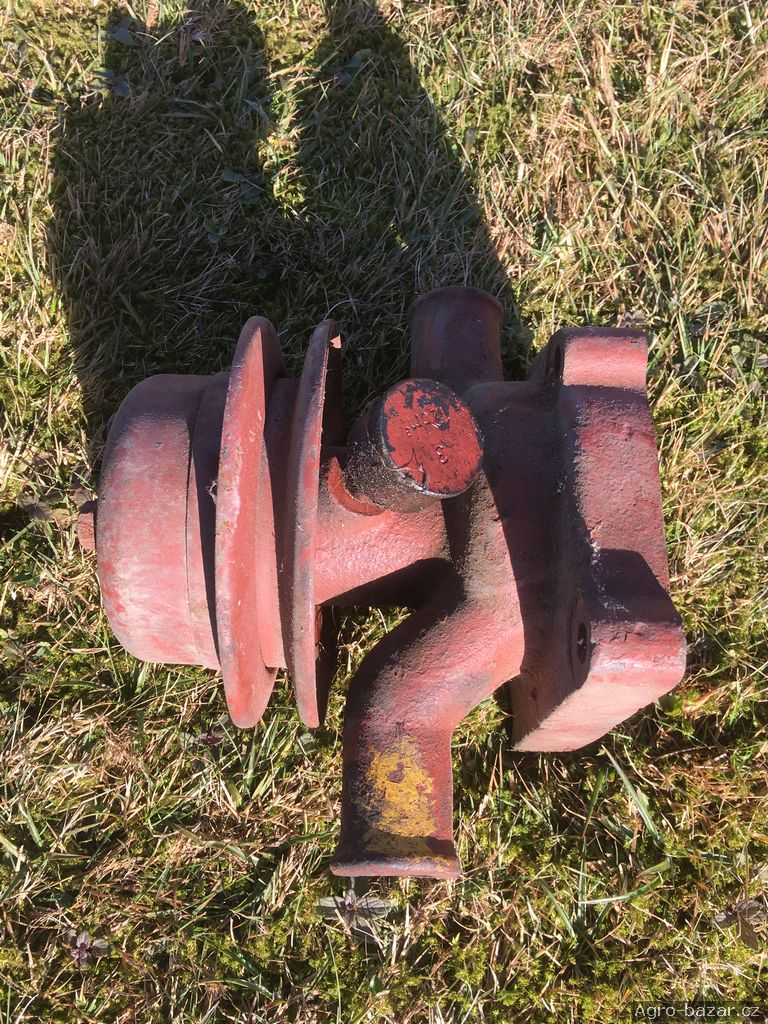 Vodní čerpadlo, pumpa ZETOR 3011