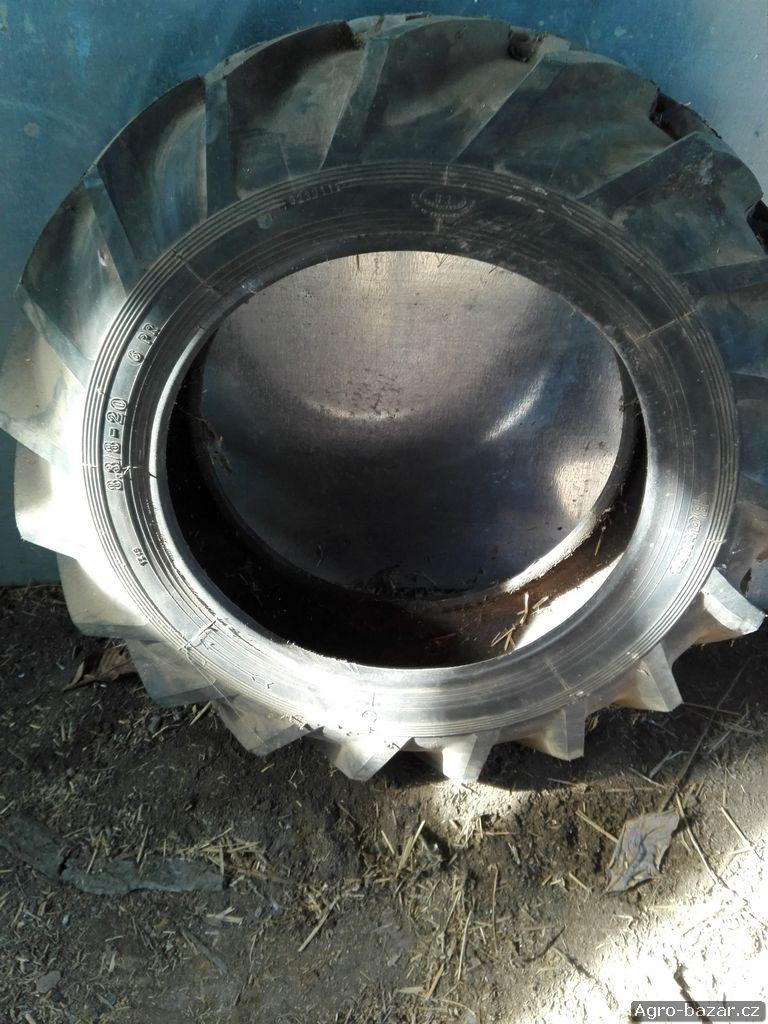 Traktorové pneumatiky