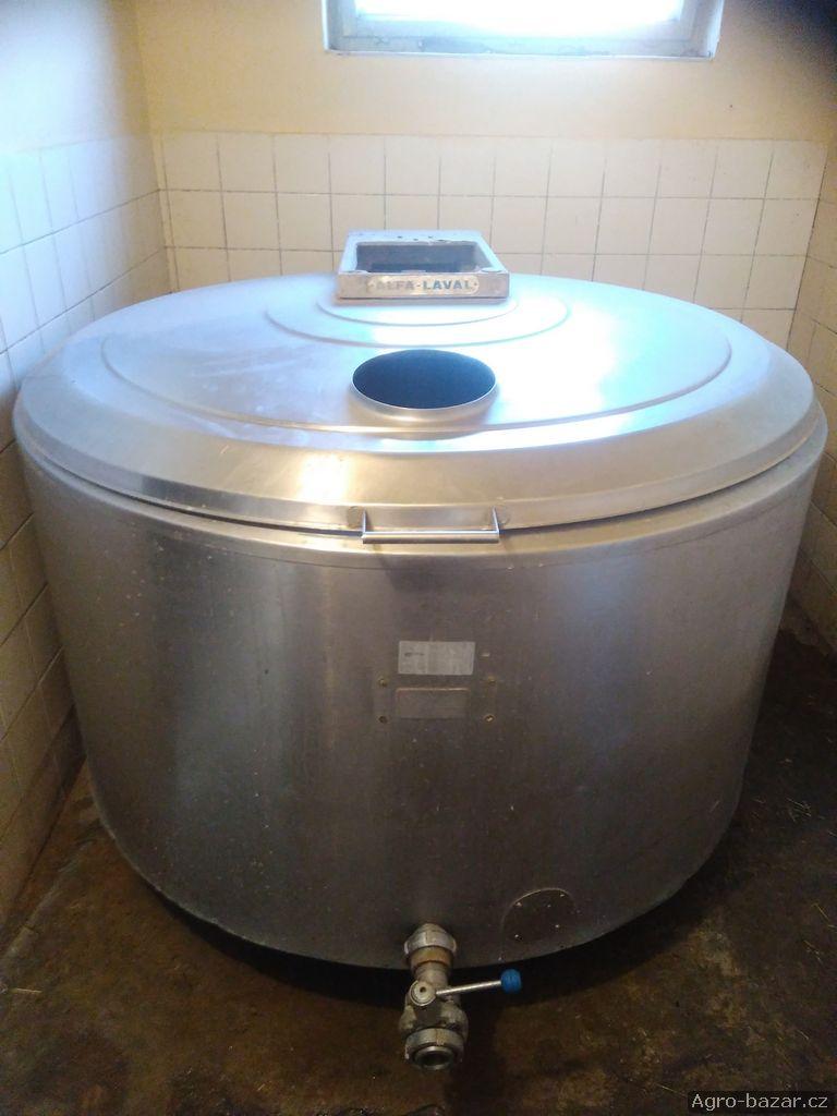 Nerezový chladící tank na mléko