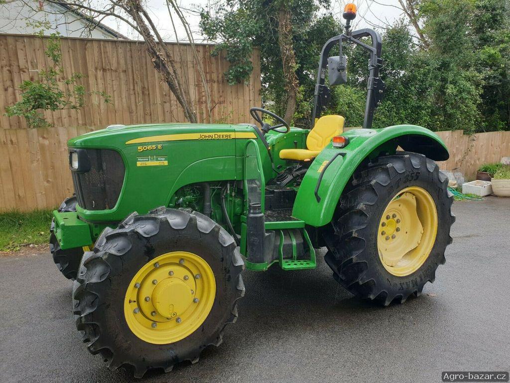 Traktor John Deere EsV5605 - 2O11