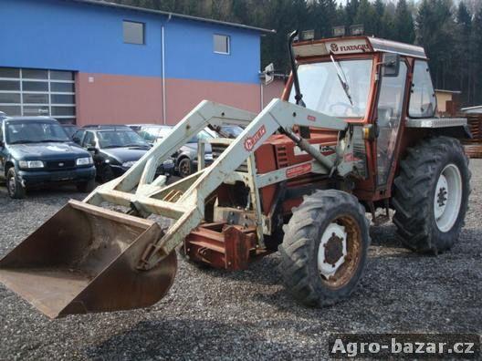 Traktor  FiatAgro 60-90 4x4 s čelním nakladačem