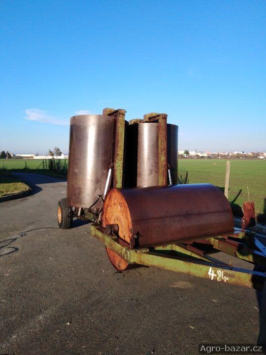 Válce - hydraulicky skládané