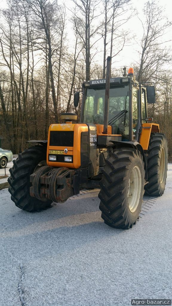 Traktor RENAULT 180-94