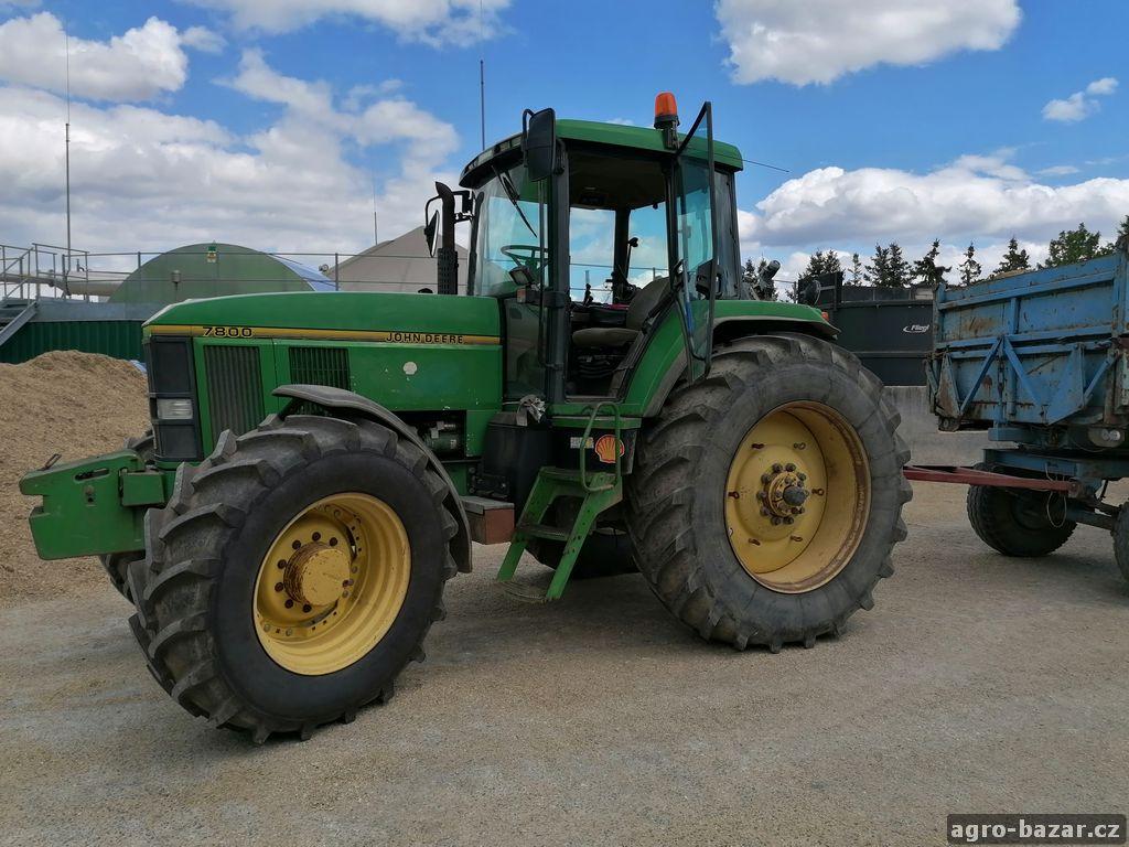 Traktor John Deere 7800