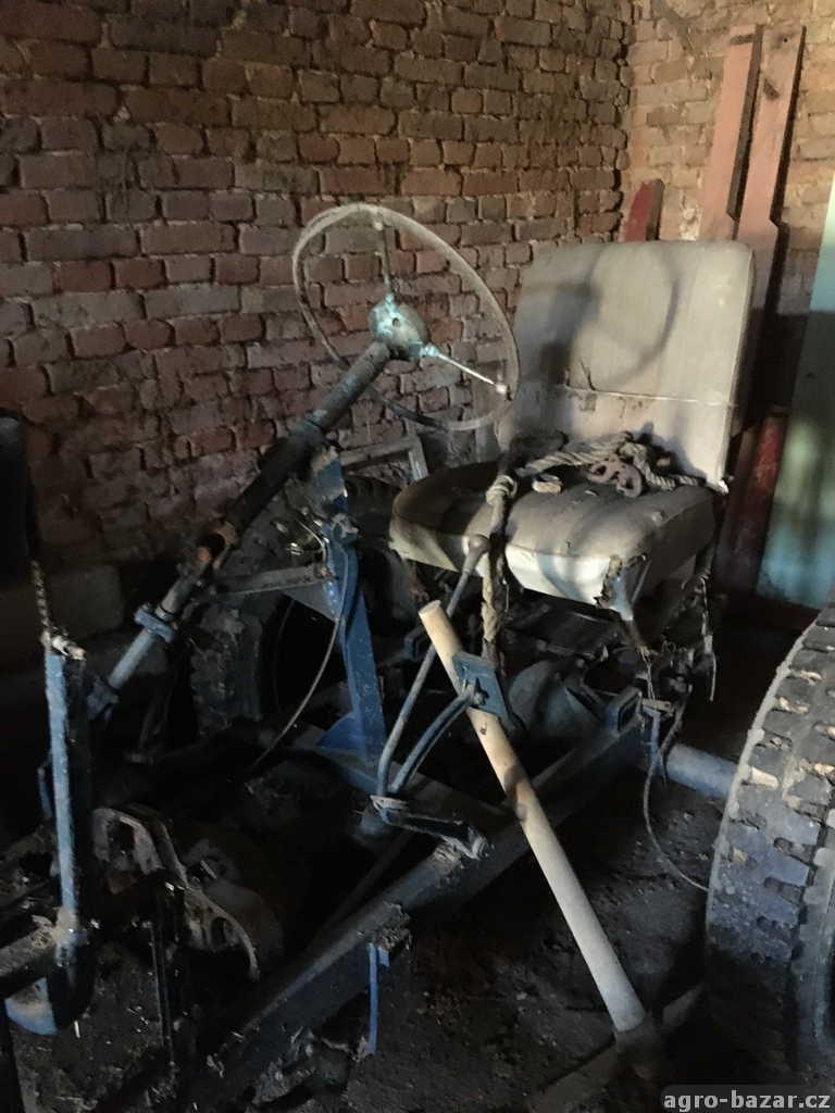 Traktor domácí výroby
