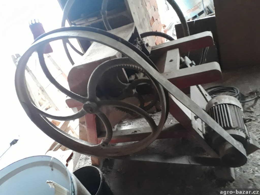 řezačka - sečkovice s motorem