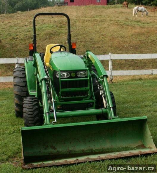 2005 John Deere 4320
