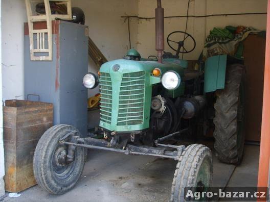 traktor 25K
