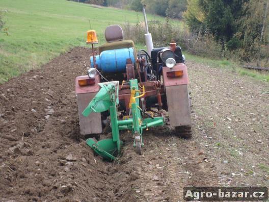 Prodám traktor domácí výroby pohon Lpg+benzin