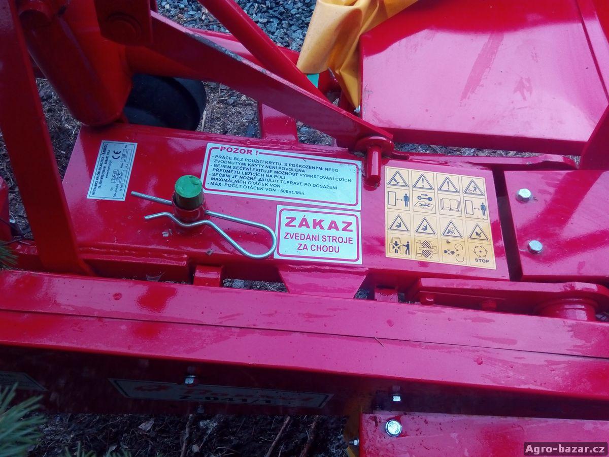 Rotační sekačka za malotraktor, Z-041/1, záběr 135 cm