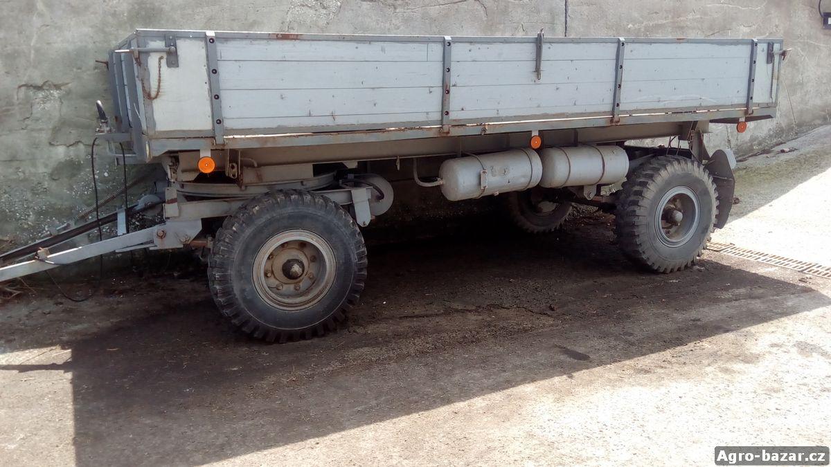 Traktorový vlek